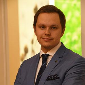 ДЕНИС ВАЛЬВАЧЕВ