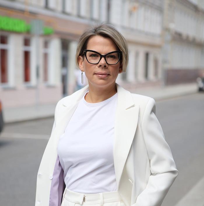 ТАТЬЯНА АНАНЬЕВА Директор по развитию, APOSTROF-MEDIA