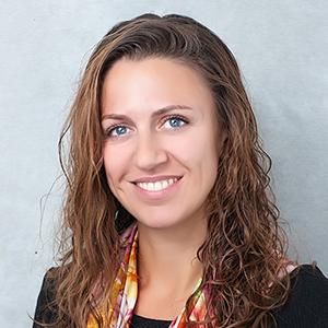 ЕЛЕНА КОНОВАЛОВА Директор Департамента консультирования по управлению персоналом, ERNST & YOUNG