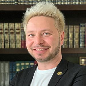 АНАТОЛИЙ БЕЛЯЕВ Руководитель Департамента развития цифровых форматов обучения БИЛАЙН