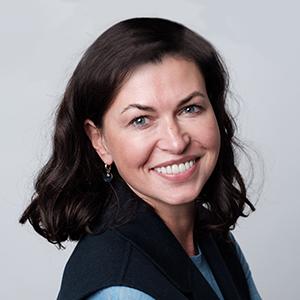 ОЛЬГА БУЛАТОВА Партнер, Директор Академии бизнеса, Руководитель кадровой стратегии практики консалтинга EY регионов EMEIA и CESA, ERNST & YOUNG