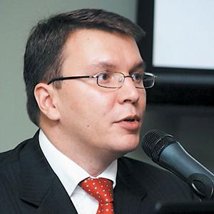 СЕРГЕЙ ЛОБОВ Коммерческий директор, INGENICO RUSSIA and CIS