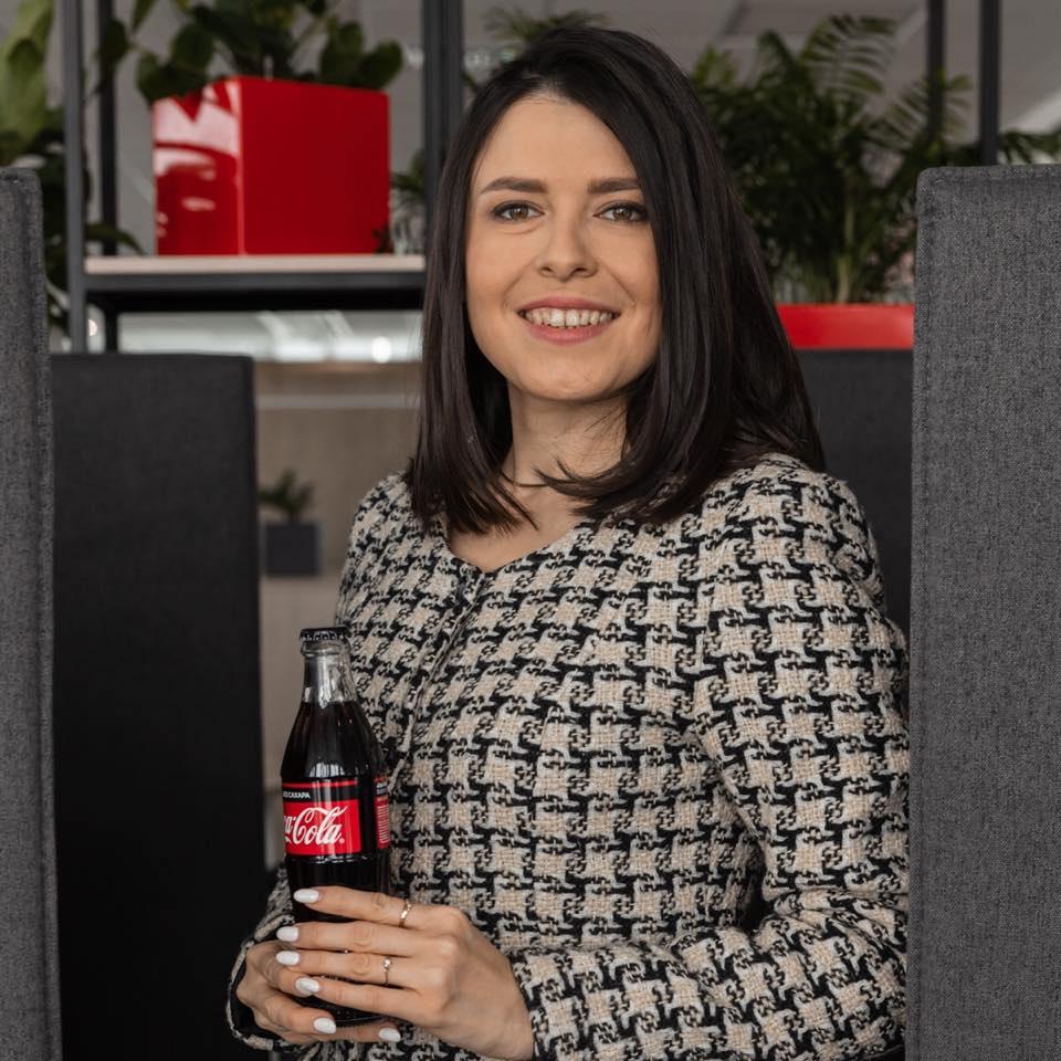 ЗАРЕМА АРТАМОНОВА Руководитель направления развития коммерческих компетенций, COCA-COLA HBC РОССИЯ