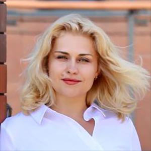 ЮЛИЯ ИОНОВА СЕО образовательно-консультационного центра Finlevels, к.э.н, разработчик облачной SAAS-платформы управленческого учета ERP.Finlevels, FINLEVELS