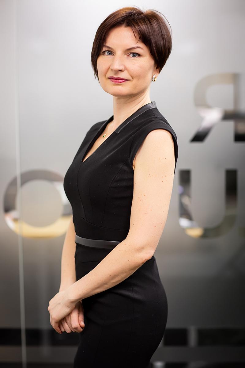 МАРИЯ ПОПИС Руководитель практики по оказанию услуг в области управления персоналом и изменениями, СБЕР РЕШЕНИЯ